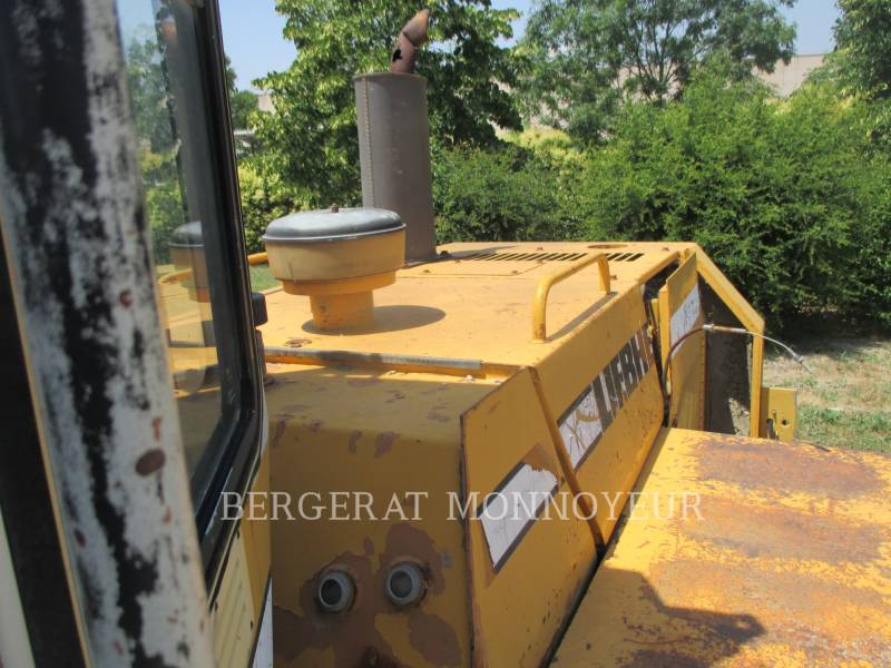 LIEBHERR WHEEL LOADERS/INTEGRATED TOOLCARRIERS L521 equipment  photo 10