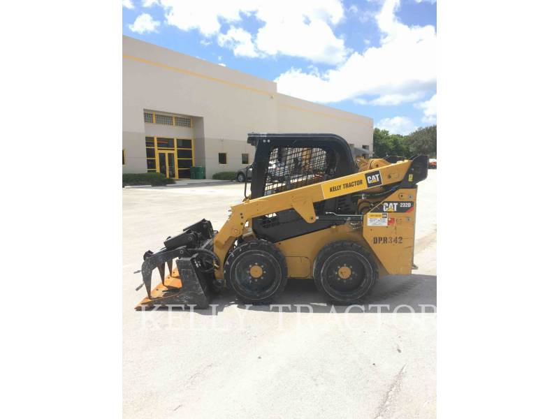 CATERPILLAR CHARGEURS COMPACTS RIGIDES 232 D equipment  photo 3