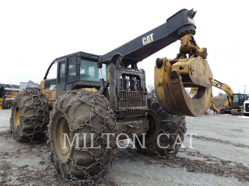 CATERPILLAR EXPLOITATION FORESTIÈRE - DÉBARDEURS 545C equipment  photo 1