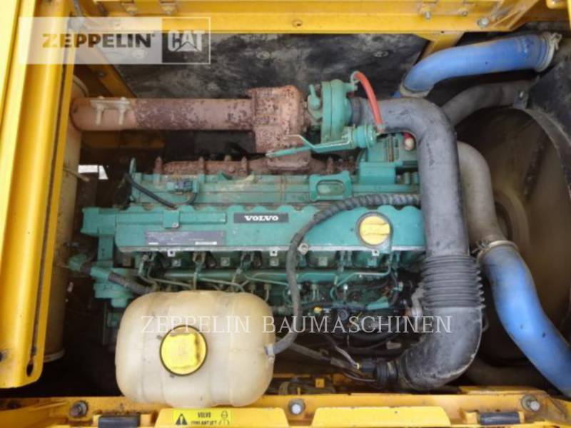 VOLVO CONSTRUCTION EQUIPMENT KETTEN-HYDRAULIKBAGGER EC210BLC equipment  photo 18