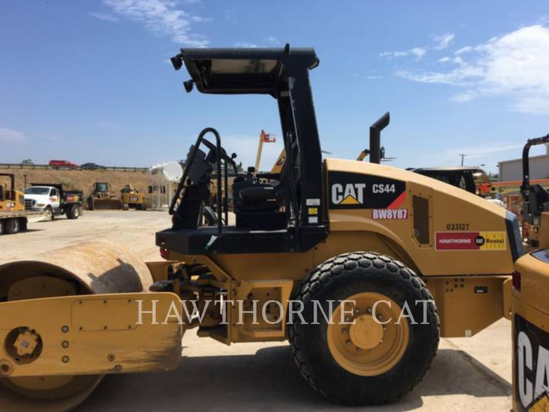 CATERPILLAR コンパクタ CS44 equipment  photo 1