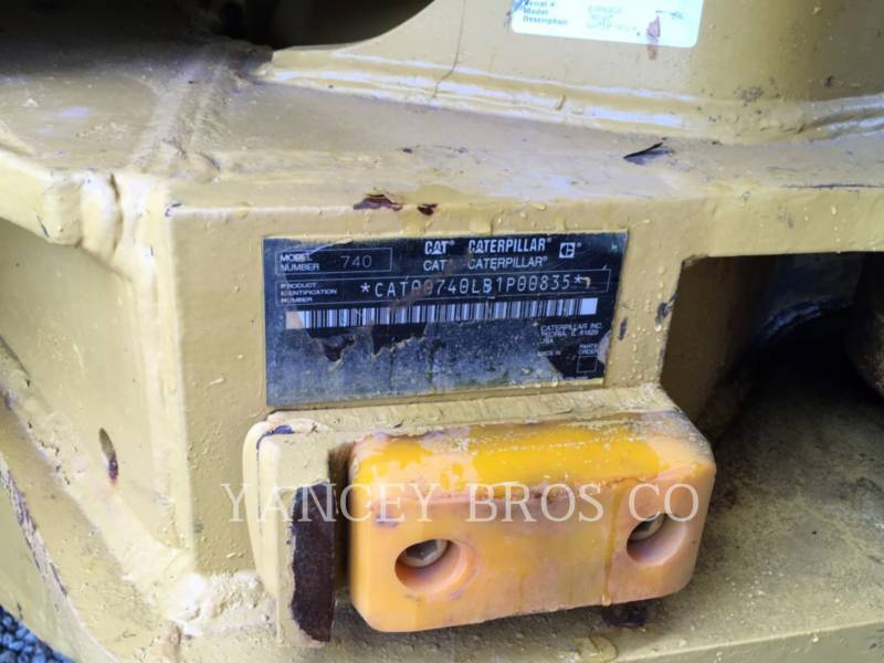 CATERPILLAR CAMIONES ARTICULADOS 740 WT equipment  photo 5