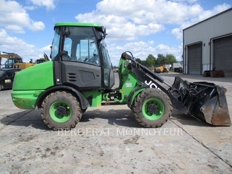 JCB WHEEL LOADERS/INTEGRATED TOOLCARRIERS 406 equipment  photo 2