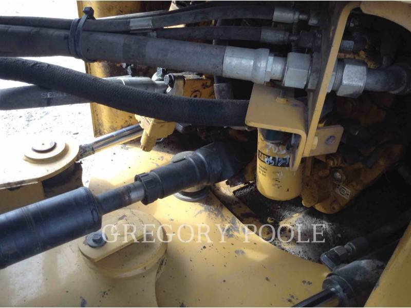 CATERPILLAR PALE GOMMATE/PALE GOMMATE MULTIUSO 930M equipment  photo 10