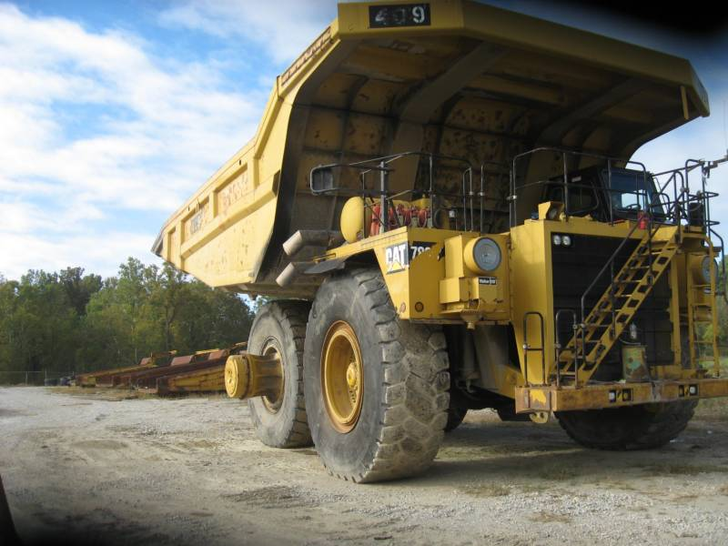 CATERPILLAR MINING OFF HIGHWAY TRUCK 789C equipment  photo 2