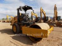 CATERPILLAR COMPACTEUR VIBRANT, MONOCYLINDRE À PIEDS DAMEURS CS44B equipment  photo 1