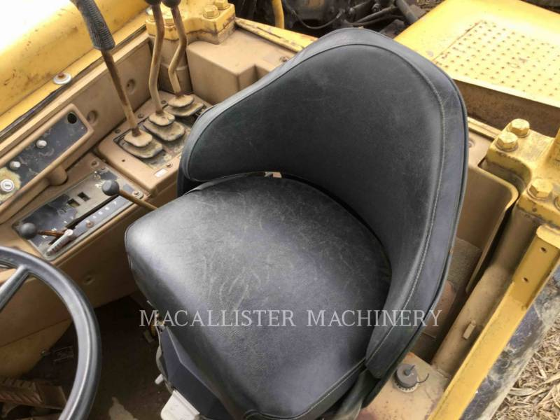 CATERPILLAR DECAPEUSES AUTOMOTRICES 627E equipment  photo 8