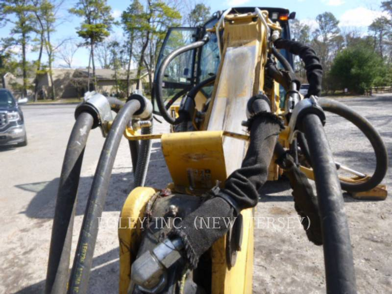 CATERPILLAR CHARGEUSES-PELLETEUSES 420EST equipment  photo 6