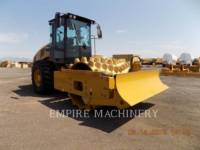 Equipment photo CATERPILLAR CP56B COMPACTEUR VIBRANT, MONOCYLINDRE À PIEDS DAMEURS 1