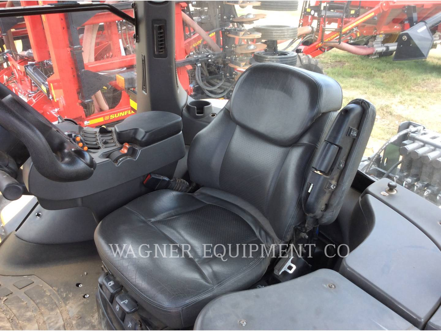 Detail photo of 2009 AGCO MT865C from Construction Equipment Guide