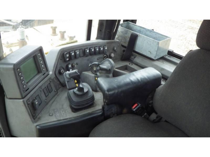 CATERPILLAR TRACK TYPE TRACTORS D10T equipment  photo 14