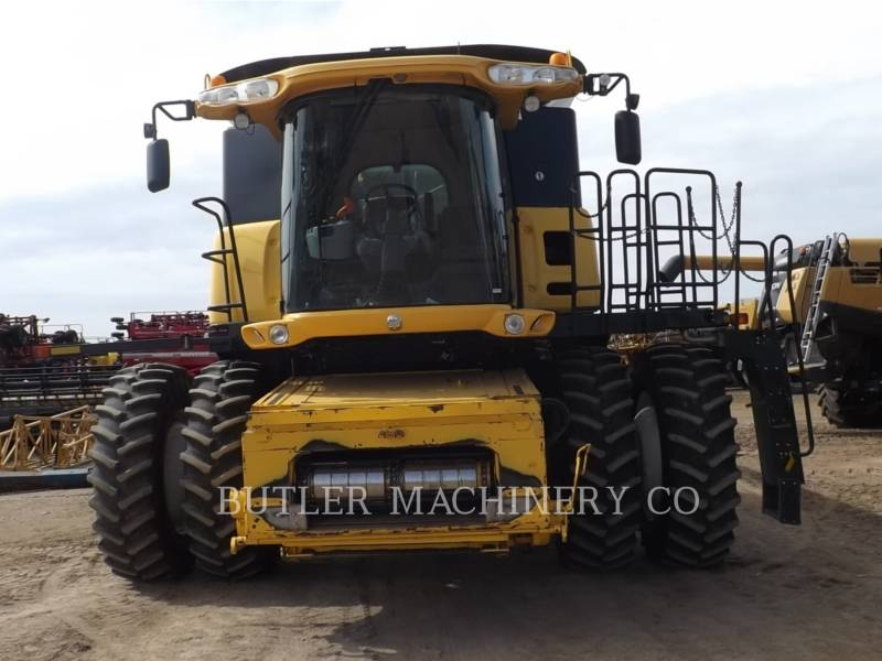 FORD / NEW HOLLAND COMBINES CR9070 equipment  photo 2