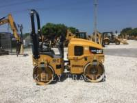 CATERPILLAR VIBRATORY DOUBLE DRUM ASPHALT CB24B equipment  photo 6
