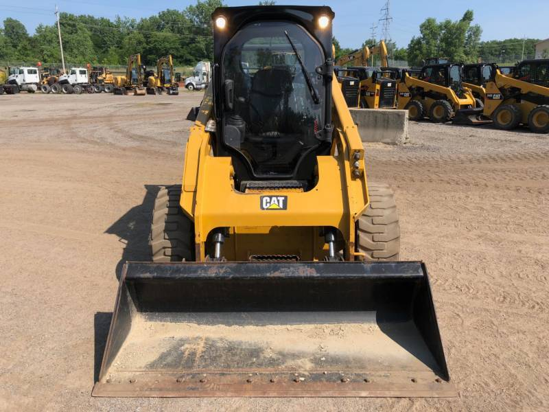 CATERPILLAR SKID STEER LOADERS 262 D equipment  photo 16