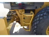 CATERPILLAR 振動シングル・ドラム・スムーズ CS78B equipment  photo 10