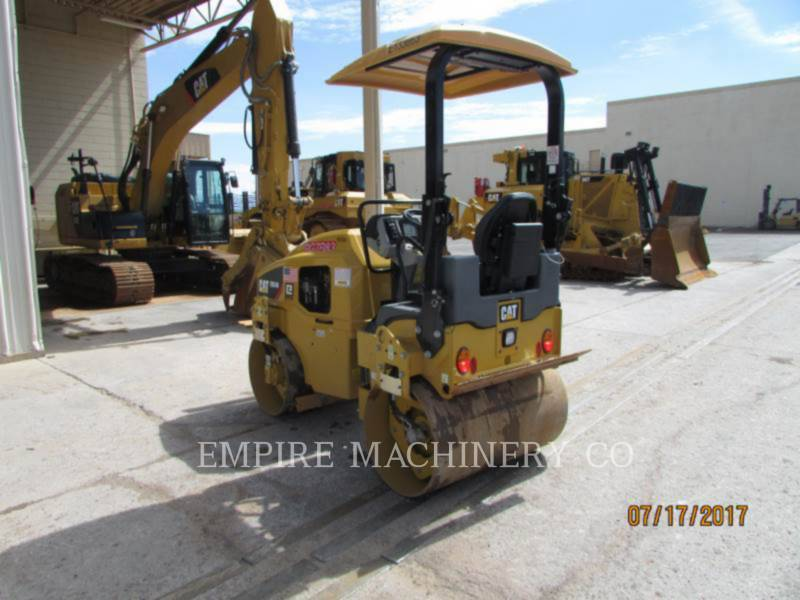 CATERPILLAR TANDEMOWY WALEC WIBRACYJNY DO ASFALTU (STAL-STAL) CB24B equipment  photo 2
