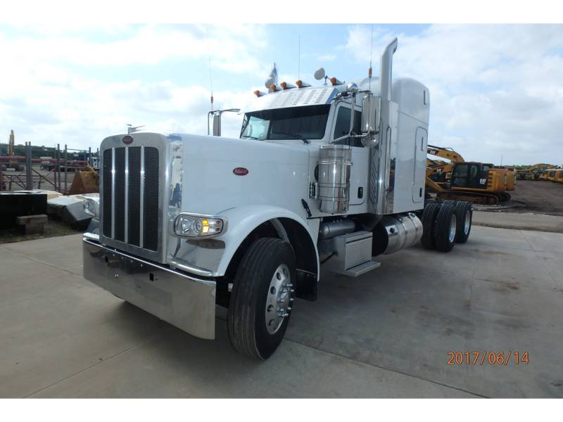 PETERBILT ON HIGHWAY TRUCKS 389 equipment  photo 1