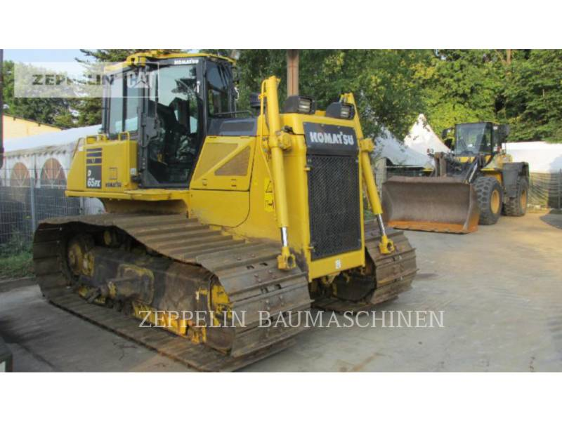 KOMATSU LTD. TRACK TYPE TRACTORS D65PX-17 equipment  photo 2