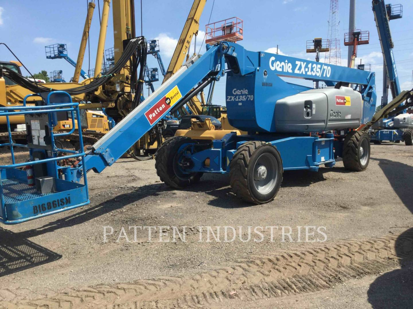 Detail photo of 2014 Genie ZX135 from Construction Equipment Guide