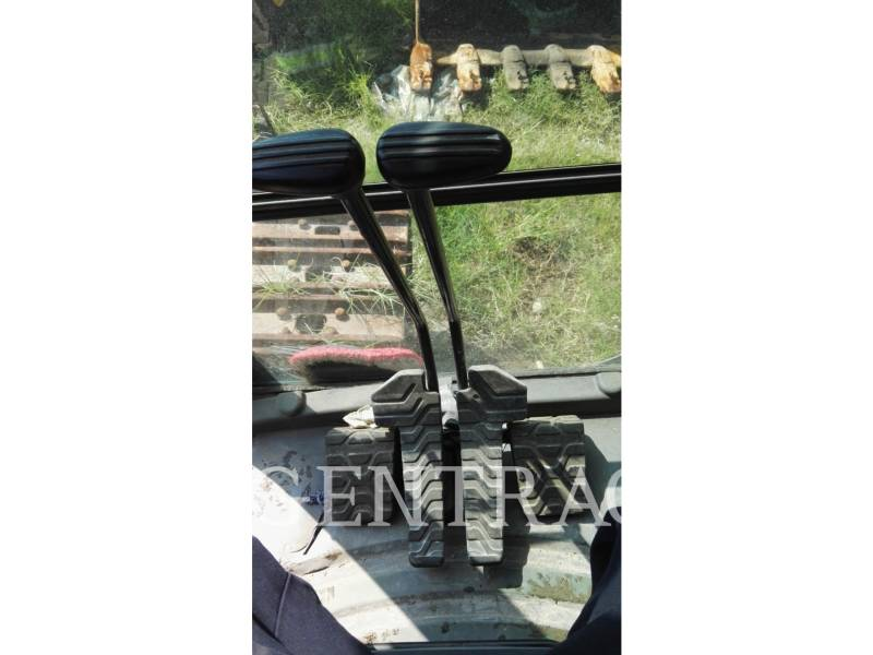 CATERPILLAR TRACK EXCAVATORS 345DL equipment  photo 21