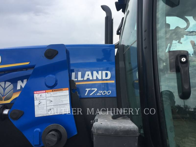 FORD / NEW HOLLAND TRATORES AGRÍCOLAS T7.200 equipment  photo 8