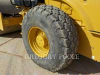 CATERPILLAR VIBRATORY SINGLE DRUM SMOOTH CS-54B equipment  photo 17