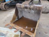 VOLVO CONSTRUCTION EQUIPMENT TRACK EXCAVATORS EC210BLC equipment  photo 8