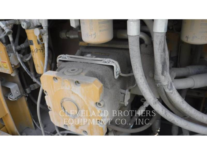 CATERPILLAR EXCAVADORAS DE CADENAS 374FL equipment  photo 8