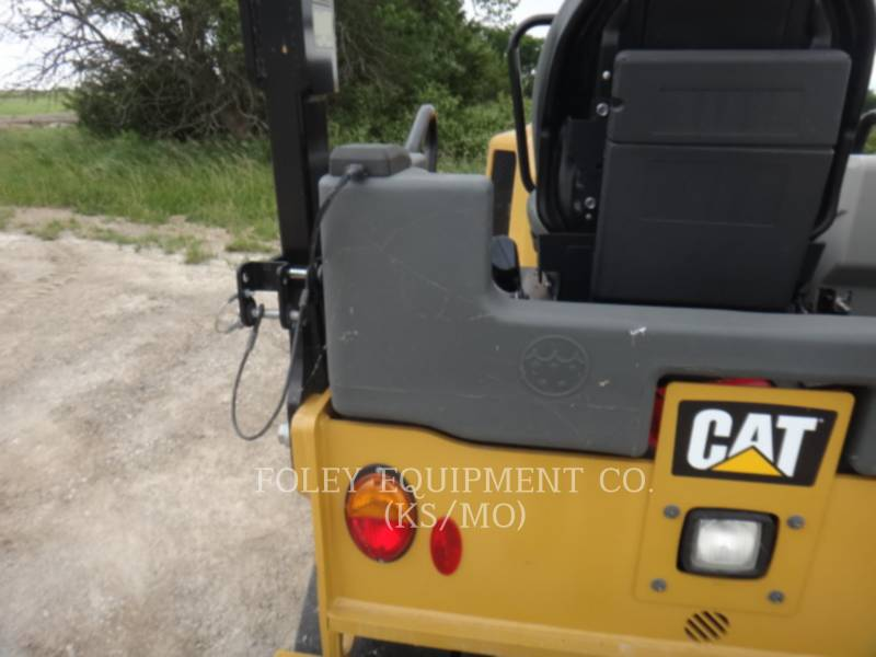 CATERPILLAR COMPACTORS CC34B equipment  photo 18