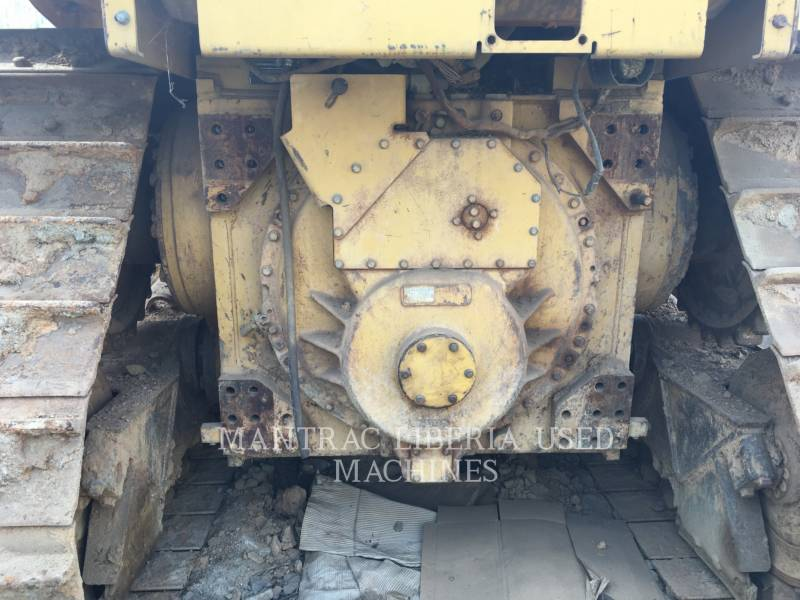 CATERPILLAR TRACTORES DE CADENAS D 6 R XL equipment  photo 9