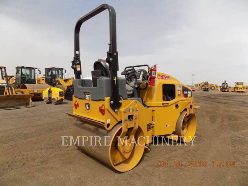CATERPILLAR VIBRATORY DOUBLE DRUM ASPHALT CB34B equipment  photo 2