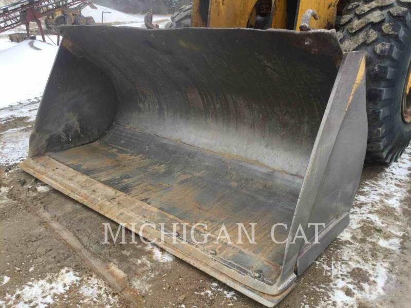 MICHIGAN CHARGEURS SUR PNEUS/CHARGEURS INDUSTRIELS 175B-GM equipment  photo 15