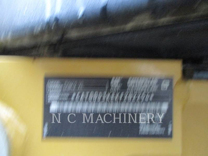 CATERPILLAR TRACK TYPE TRACTORS D3K2XL equipment  photo 6