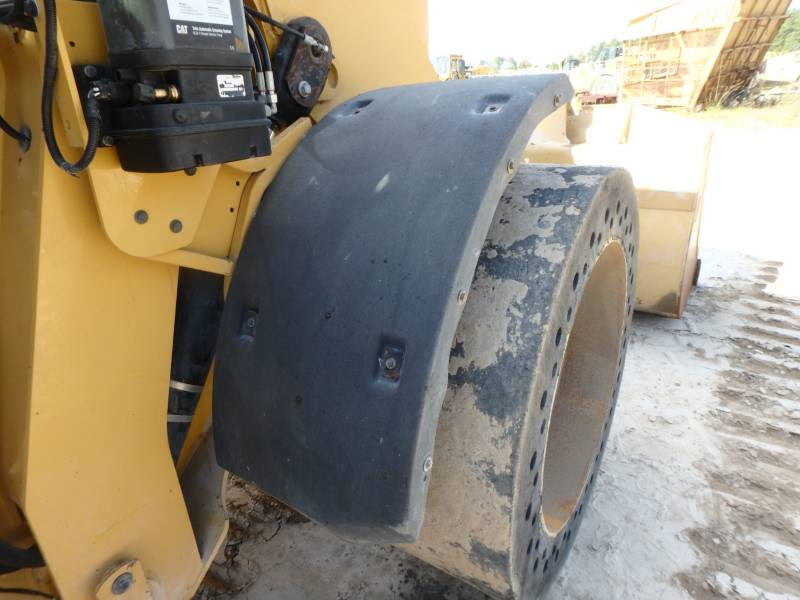 CATERPILLAR CARGADORES DE RUEDAS 938K equipment  photo 12