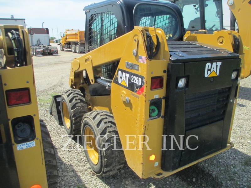 CATERPILLAR CHARGEURS COMPACTS RIGIDES 226DSR equipment  photo 5