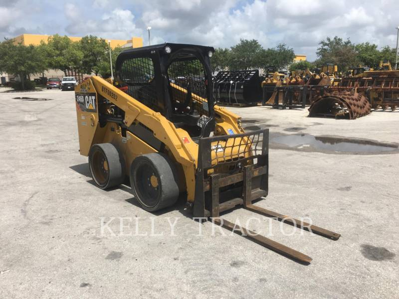 CATERPILLAR SKID STEER LOADERS 246D equipment  photo 8
