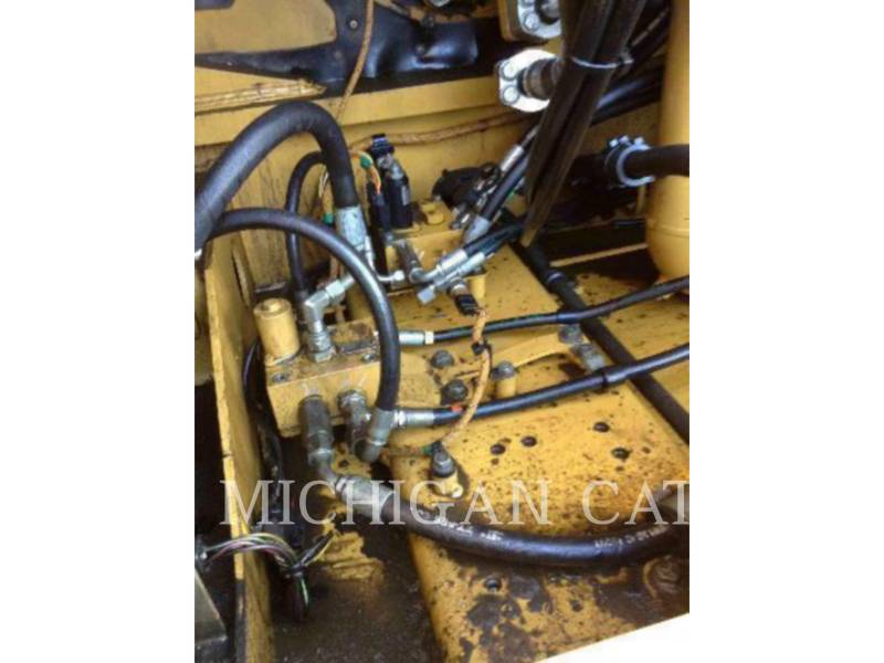 CATERPILLAR EXCAVADORAS DE CADENAS 349EL Q equipment  photo 16