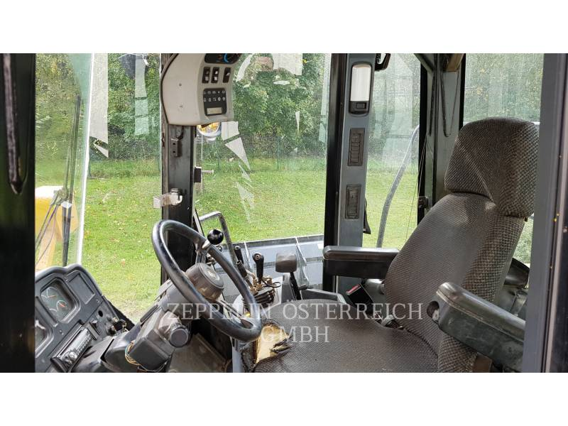 CATERPILLAR WHEEL LOADERS/INTEGRATED TOOLCARRIERS 966 G II equipment  photo 4