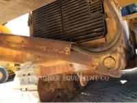 CATERPILLAR TRACTEURS SUR CHAINES D8T equipment  photo 24