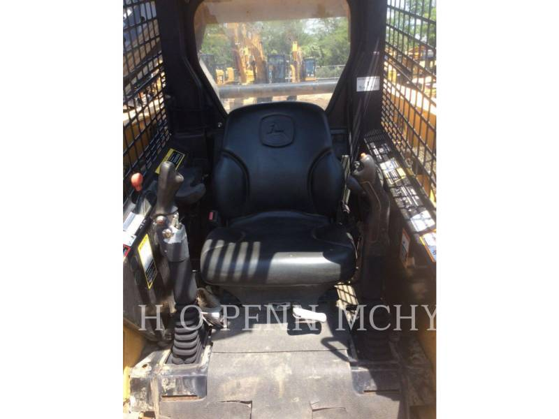 JOHN DEERE CARGADORES MULTITERRENO CT332 equipment  photo 6
