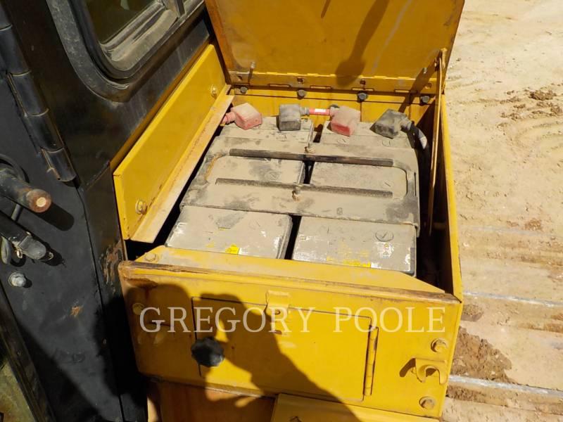 Caterpillar TRACTOARE CU ŞENILE D6T equipment  photo 17