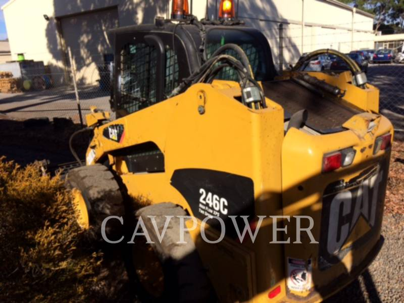 CATERPILLAR CHARGEURS COMPACTS RIGIDES 246C equipment  photo 2