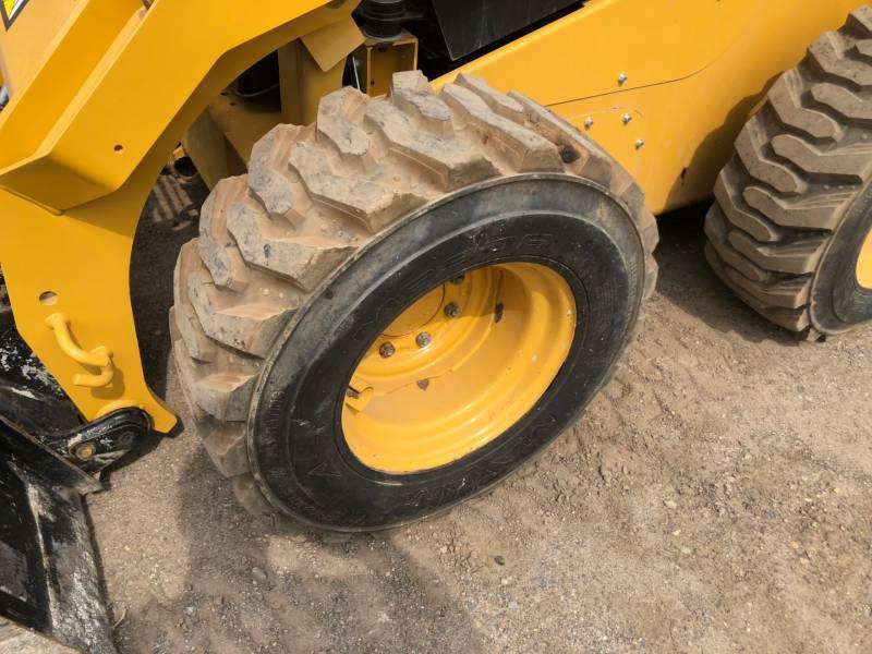 Caterpillar MINIÎNCĂRCĂTOARE RIGIDE MULTIFUNCŢIONALE 262 D equipment  photo 9