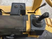 CATERPILLAR TRACK TYPE TRACTORS D5G LGP equipment  photo 13