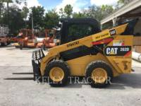 CATERPILLAR MINICARGADORAS 262 D equipment  photo 6