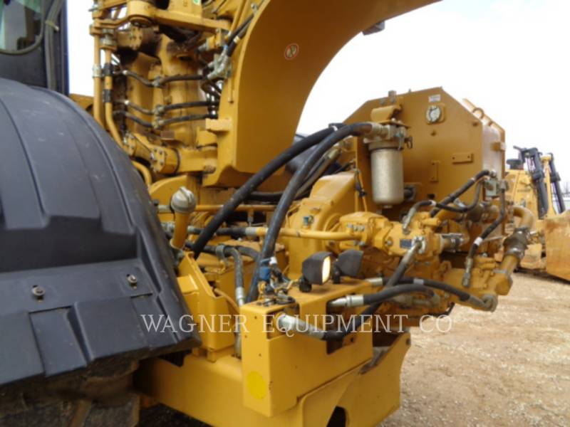 CATERPILLAR WHEEL TRACTOR SCRAPERS 621H equipment  photo 9