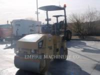 CATERPILLAR 振動ダブル・ドラム・アスファルト CB24 equipment  photo 4