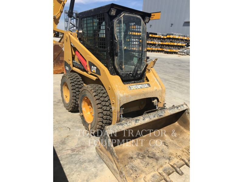 CATERPILLAR KOMPAKTLADER 226B3LRC equipment  photo 5