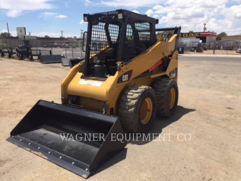 Caterpillar MINIÎNCĂRCĂTOARE RIGIDE MULTIFUNCŢIONALE 242B3 equipment  photo 1