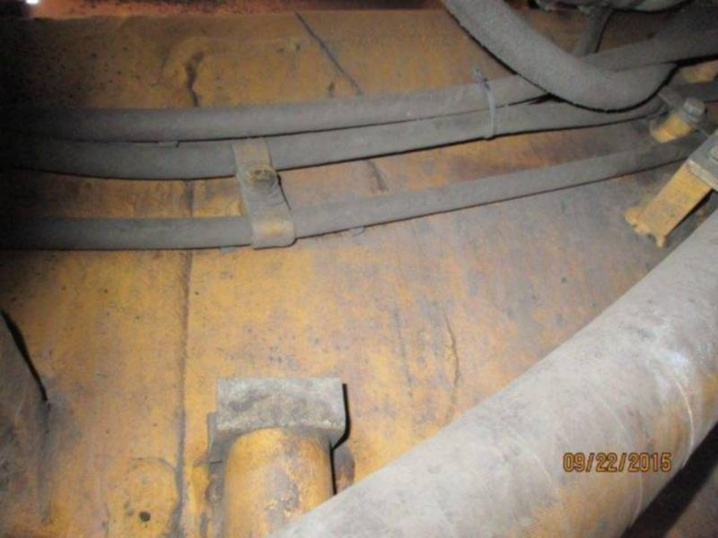 CATERPILLAR TRACTORES DE CADENAS D11T equipment  photo 17
